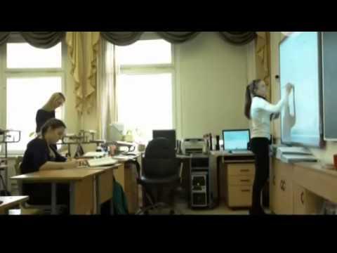 РЕН ТВ - Ситуация в образовании, технологии Базарного: конторки и раздельное обучение (видео)