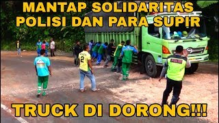 Video SOLIDARITAS PAK POLISI DAN PARA SUPIR BERSATU DI DALAM BENCANA!!! MP3, 3GP, MP4, WEBM, AVI, FLV Desember 2018
