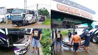 Video Di Tabrak Mobil, Bus Haryanto Mengalami Kerusakan Pada Body Bagian Depan MP3, 3GP, MP4, WEBM, AVI, FLV Maret 2019