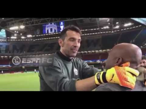 Buffon, alza la Champions per Asprilla!