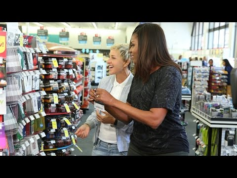 Ellen and First Lady Michelle Obama Go to CVS (видео)