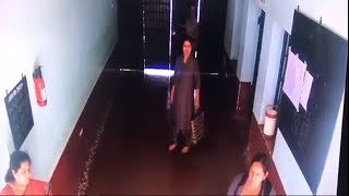 Sasikala going to shopping from Jail   Video grab from Bengaluru prisonSubscribe us : http://bit.ly/217eqhoWebsite : http://www.ibctamil.com/YouTube : https://www.youtube.com/IBCTamilFacebook : https://www.facebook.com/ibctamilmedia Twitter : https://twitter.com/ibctamilmediaGoogle+  : https://plus.google.com/+IBCTamilTV