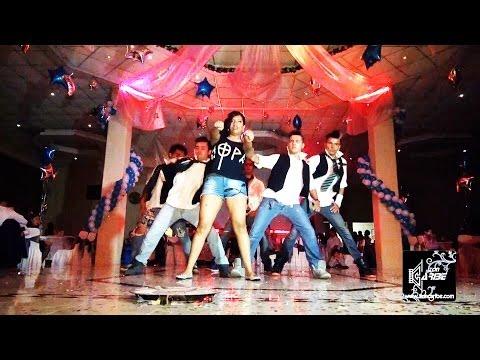 bailes de xv años - Servicios de Foto y Video aquí: http://www.zoncaribe.com Tel. 2619-0924 Cel. 55 2213-3977 Evento efectuado en el Salón Emperador en Ecatepec, Estado de Méxic...