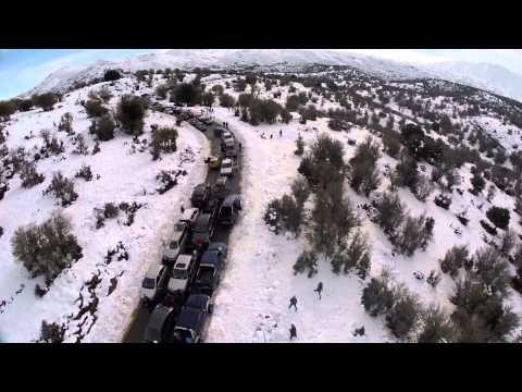 Το εντυπωσιακό μποτιλιάρισμα στο δρόμο για τα χιόνια!