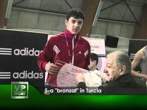 """S-a """"bronzat"""" în Turcia"""