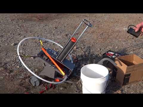 Champion Wheelybird Electronic Autofeed Trap Thrower
