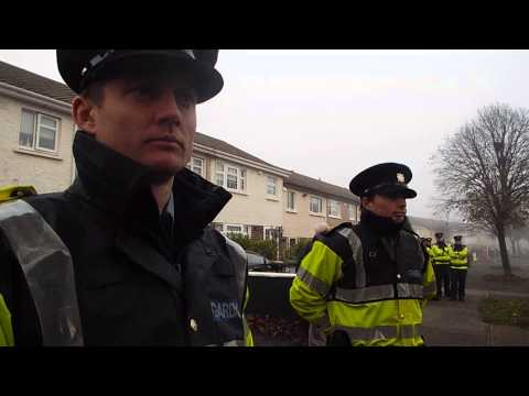 GMC Scumbag tries to antagonise residents and Gardai do nothing