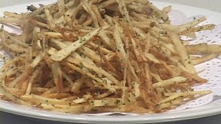 This video demonstrates a quick and easy method for making this popular potato snack.  The title of this video is redundant but this preparation is known under both names in the US.  In recent decades the use of this preparation as a garnish on main dish plates with steaks & grilled meats has become somewhat common and for good reason.  These are tasty, easy and inexpensive and can be prepped somewhat in advance as well as having a short cooking time for making them at the last minute.