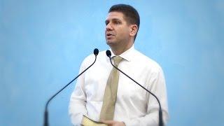 Marius Livanu – Cum sa ne comportam in situatii de criza