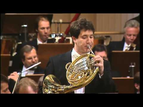 Stefan Dohr - Schumann Concert Piece for four horns and orchestra First horn: Stefan Dohr Second horn: Dale Clevenger BPO Daniel Barenboim.
