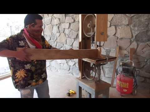 sierra casera - Sierra Cinta para corte de madera 100% casera. Muestra de cómo es que trabaja, y la forma en que está construida. HxNM la Wiki del Hágalo Usted Mismo: http:/...