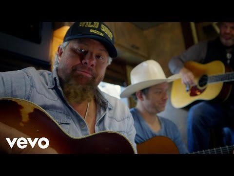 Toby Keith Pulls In With The Bus Songs September 8