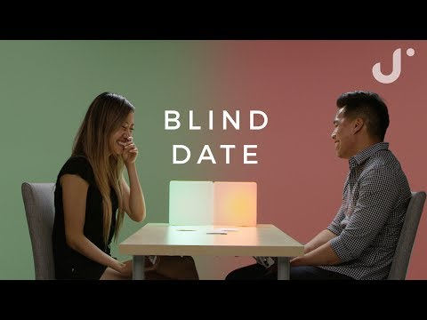 Strangers Play Never Have I Ever on a Blind Date | Linda & Jeff (видео)