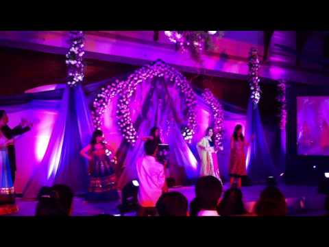 Dance Performance on Gulaabi Aankhen - Student of the Year | The Wedding Script