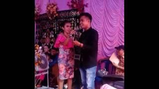 Download Video Fildan saat nyanyi 2 lagu india di kel gunung jati lorong soropia MP3 3GP MP4