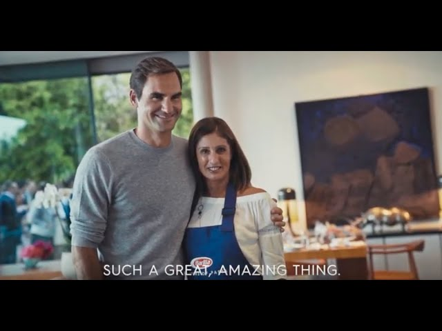 Federer cooks with fan who asked him out to dinner