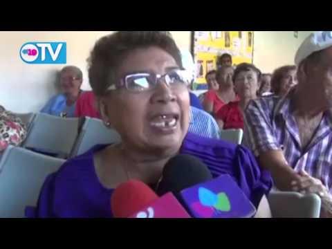 Adultos Mayores celebran en su Día la restitución de sus derechos