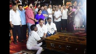 Video Anna Memorial 11 am to 7 pm 'Kalaignar' M Karunanidhi funeral Exclusive | sicp MP3, 3GP, MP4, WEBM, AVI, FLV Oktober 2018