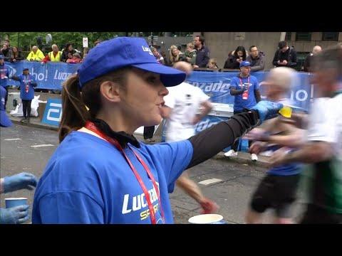 London-Marathon: Mit Algen-Kugeln gegen das Müllprobl ...