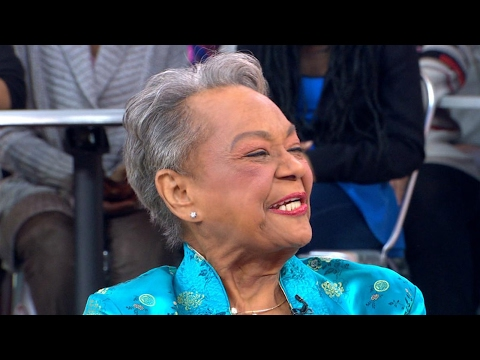 A real-life 'Hidden Figure' is honored live on 'GMA'