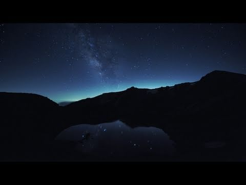 「さまざまなシチュエーションで撮影された御嶽山のタイムラプス映像」のイメージ