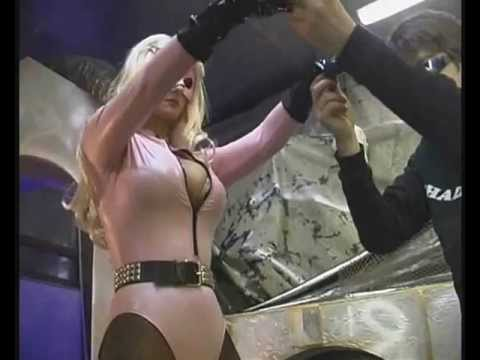 dyna flix.com - Chad Peeper gets a blast from the past, and sexy DareDoll Puss, clad in leotard, fishnets, and boots, gets Hyponitised when she confronts that infamous villa...