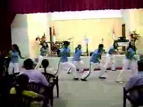 coreografias cristianas - todopoderoso bailando en la iglesia de vitarte donde pastorea el pastor obeb.