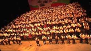 Уникално - Световен рекорд - 333 каба гайди!!!