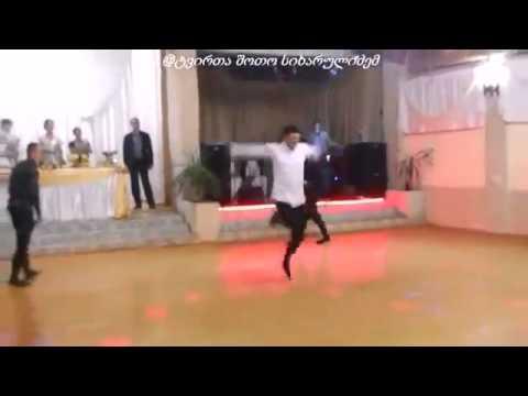 qartuli qorwilshi shesrulebuli   jgufi banis kavkasiuri balada (видео)