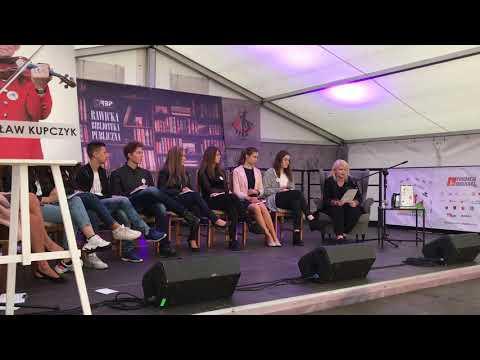 Wideo1: Narodowe Czytanie w Rawiczu