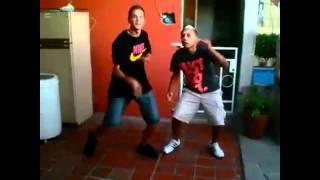Download Lagu Baile Turro Vs. Baile Electro Mp3