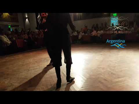 Tono de humor en el tango. Mariana Flores, Eduardo Cappussi en Salon Canning