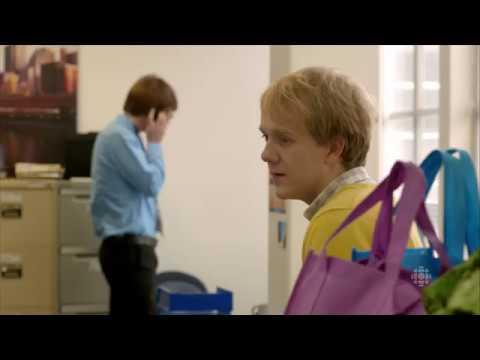 Wade Briggs /Josh Thomas (gay scene #1 / debut) - Please Like Me (tv series / comedy drama)