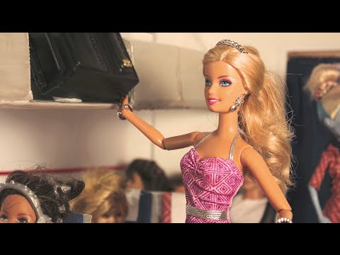 Flying High - A Barbie parody in stop motion *FOR MATURE AUDIENCES*