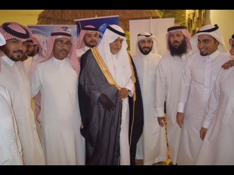 تكريم مدرسة الزبير بن العوام الابتدائية بالخرج للمعلم محمد السلطان بمناسبة التقاعد