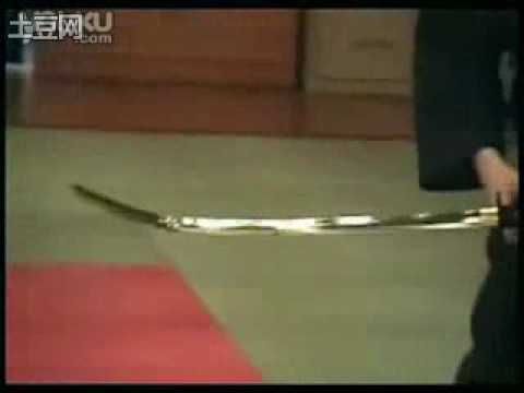 日本刀 vs 中國青龍偃月刀