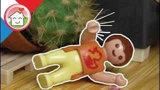 La famille Hauser de chez Playmobil ont mis un cactus dans leur salon. Mais quelque chose ne va pas vraiment là… Abonnez-vous, c'est gratuit ...