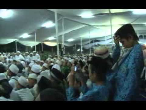 Taushiah Quraish Shihab pada acara peringatan 1000 hari Gus Dur (Full version).flv