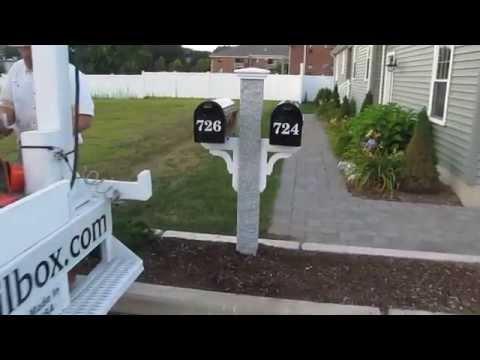 Yankee Double Mailbox Post