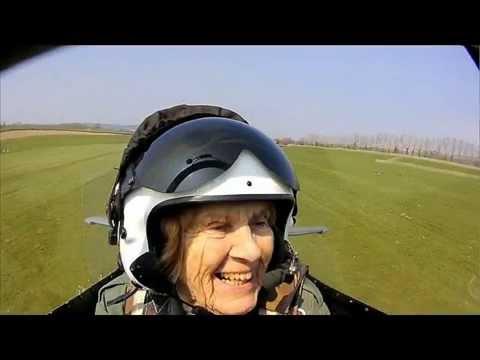 Video 92 year old World War Two veteran flies Spitfire again-BREAKING NEWS download in MP3, 3GP, MP4, WEBM, AVI, FLV January 2017