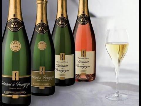 Champagne và vang sủi sparkling wine khác nhau như thế nào?