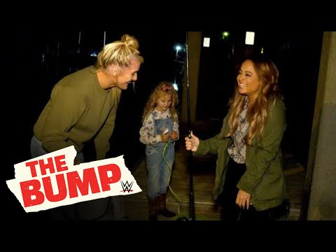 Kayla Braxton goes crabbing with Lacey Evans WWEвs The Bump