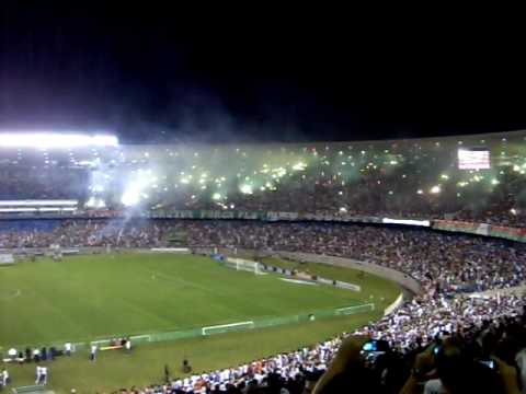 FLUMINENSE 3 x 0 LDU - Movimento Popular Legião Tricolor - Fluminense