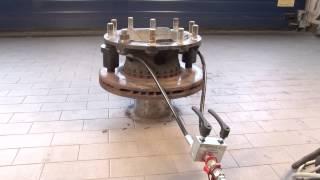 Video 03-00025 Dismantling set, Volvo/Renault/DAF floating brake disc MP3, 3GP, MP4, WEBM, AVI, FLV Juni 2019