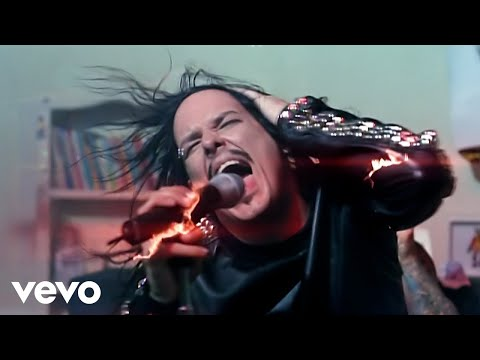 Korn - Falling Away from Me (Official Video) online metal music video by KORN