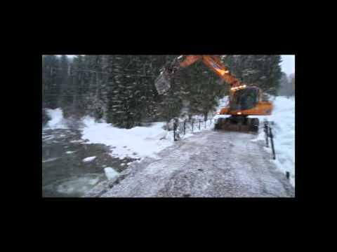 2011: Ispropp ved Sætrebrua på Kolåssida av Standaleidet