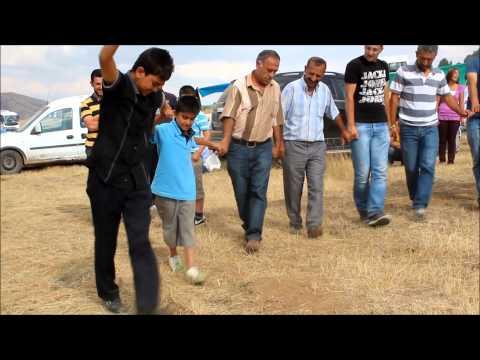 Erzincan Halayları - Dizden kırma üç ayak