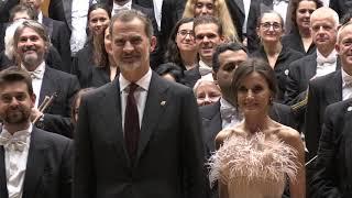 SS.MM. los Reyes salen del XXVIII Concierto Premios Princesa de Asturias