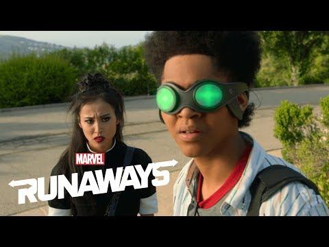 Marvel's Runaways Season 3: Behind the Scenes Interview!