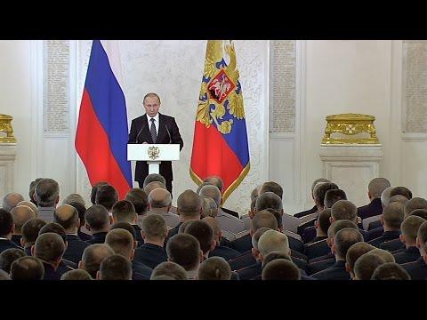 Владимир Путин встретился с военнослужащими ВС РФ